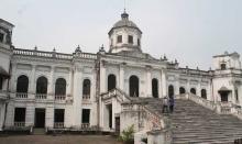 উত্তরবঙ্গের শোভা তাজহাট জমিদার বাড়ি