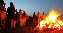 হিন্দু বৃদ্ধের শেষকৃত্য সারলেন মুসলিম তরুণরা