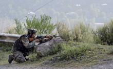 কাশ্মিরে সেনাবাহিনীর গুলিতে ১০ সন্ত্রাসী নিহত